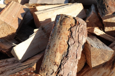 How-Keep-Your-Logs-Dry-How-to-Store-Your-Firewood