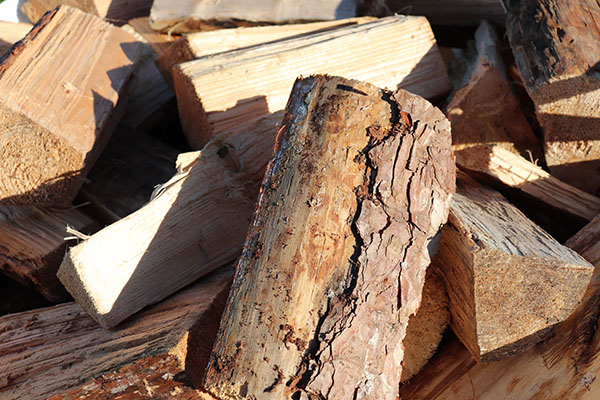 How to Store Your Firewood dry