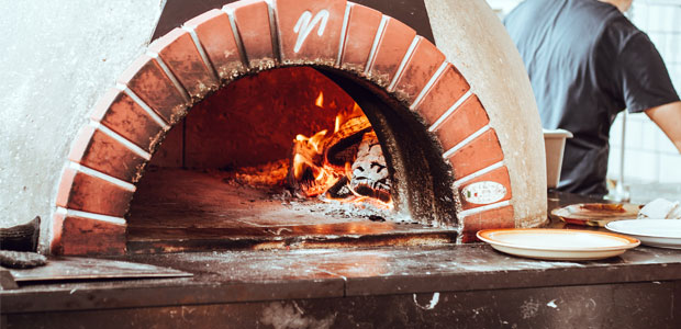 WOOD FIRED PIZZA OVEN2